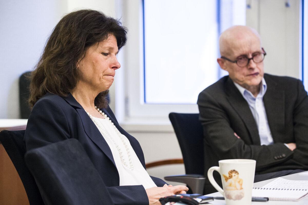 SVARER: Assisterende direktør Aud Lysenstøen i Barne-, ungdoms og familiedirektoratet. Hun møter VG sammen med seksjonssjef for enhet for innkjøp og kontraktsrett, Nils Christian Thomsen.