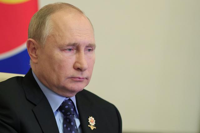 Russlands president Vladimir Putin beordrer nå Gazprom om å øke gassforsyningene til Europa snarest mulig. Foto: Jevgenij Paulin / Sputnik, Kreml Pool Photo via AP / NTB