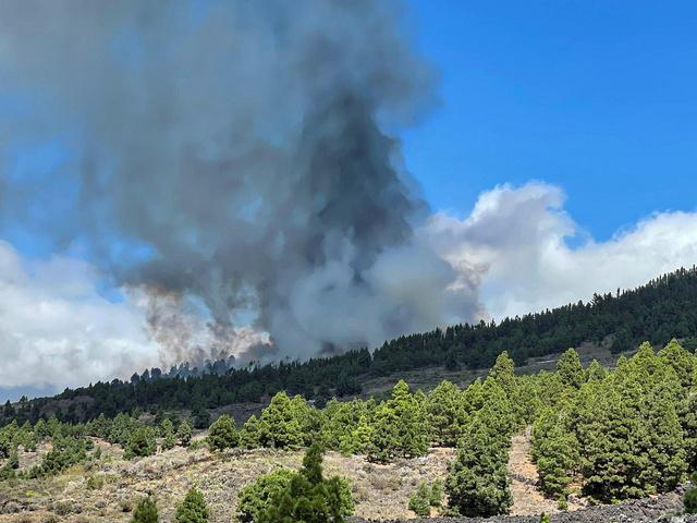 Et vulkanutbrudd er igang på La Palma