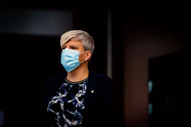 Helsebyråd Beate Husa vil ikke endre prioriteringsrekkefølgen for vaksiner i Bergen.