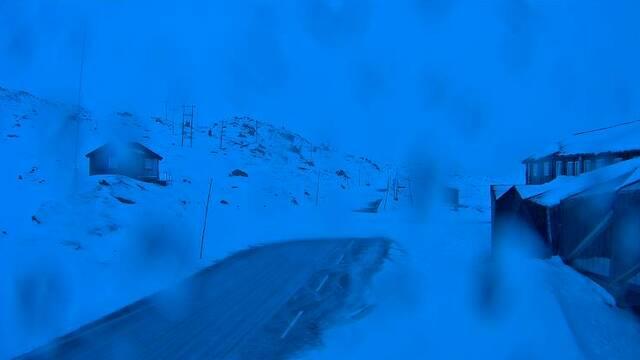 Slik så det ut ved Sognefjellshytta langs fylkesvei 55 søndags morgen.