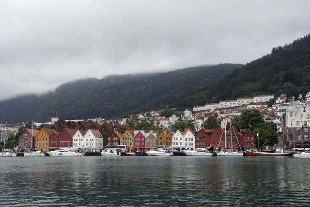 Vest politidistrikt har begynt en etterforskning etter at en person skal ha blitt voldtatt på en fotballpub i Bergen. Foto: Marianne Løvland / NTB