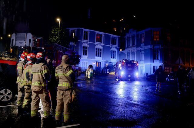 Brannvesenet rykket ut til Strømgaten fredag kveld.