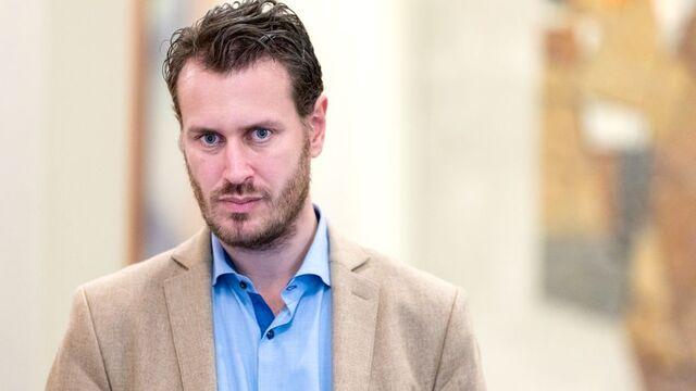 Stortingsrepresentant Helge André Njåstad sier flere bedrifter har blitt solgt til utlandet som følge av formuesskatten.