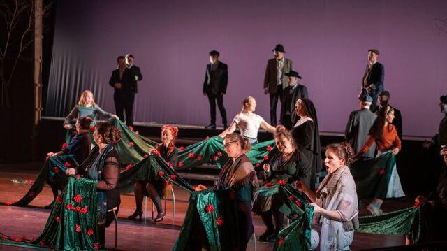 Mascagnis «Cavalleria Rusticana» i fullscenisk utgave tirsdag kveld.