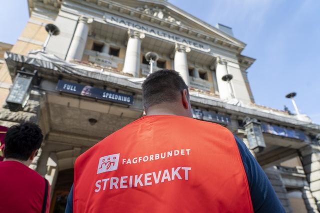 Streiken blant ansatte ved landets kulturscener har vart i over sju uker. Foto: Terje Pedersen / NTB