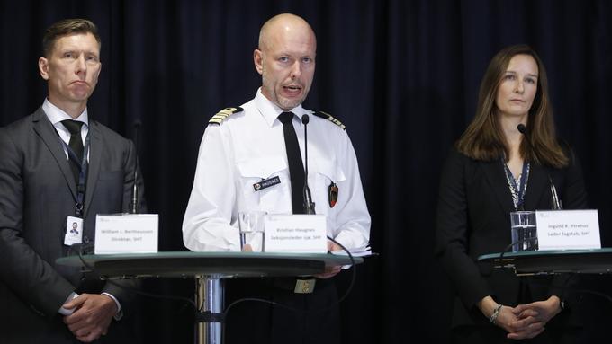 Havarikommisjonen la fredag frem sin rapport i Lillestrøm. Fra v. William J. Bertheussen (direktør), Kristian Haugnes (seksjonsleder sjø) og Ingvild K. Ytrehus (leder fagstab)