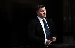 Assisterende direktør Espen Rostrup Nakstad i Helsedirektoratet under en pressekonferanse om koronasituasjonen. Foto: Berit Roald / NTB