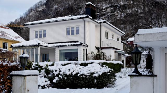 Denne boligen i Ulriksdal ble solgt for 17,4 millioner kroner, og ble med det Bergens niende dyreste bolig i 2020.
