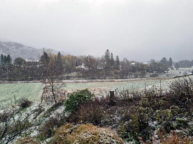 I morgentimene falt det snø på Lone i Indre Arna.