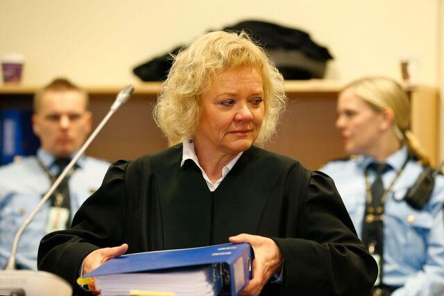 Bistandsadvokat Anne K. Bohinen reagerer sterkt på NRKs glipp.