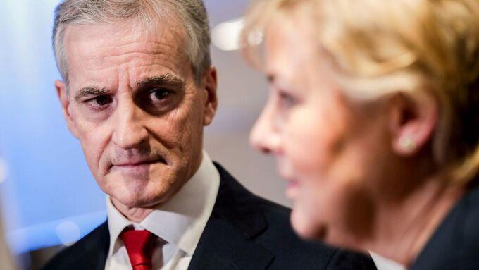 Jonas Gahr Støre (t.v.) og Erna Solberg.