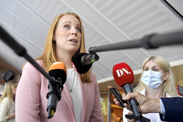 Centerparties partileder Annie Lööf før mistillitsavstemningen i Riksdagen mandag. Foto: Anders Wiklund/TT NYHETSBYRÅN / NTB