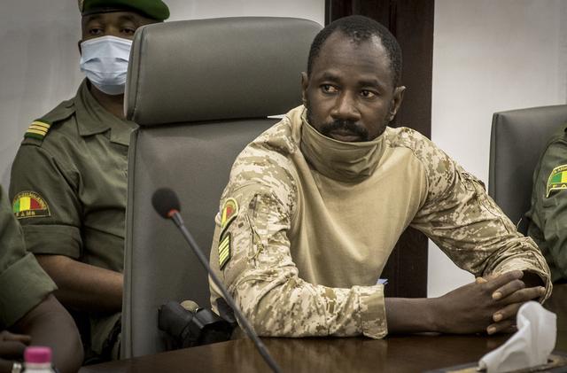 Den 38 år gamle obersten Assimi Goïta ledet militærkuppet i Mali 24. mai og har utropt seg selv til president. Foto: AP / NTB