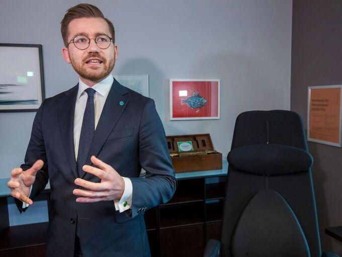 Regjeringens nye klima- og miljøminister Sveinung Rotevatn (V).