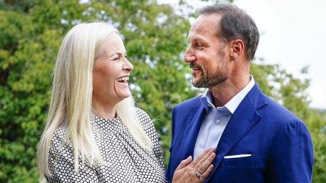 Kronprins Haakon og kronprinsesse Mette-Marit feiret nylig 20 år som ektepar. Nå reiser de ut på sin første fylkestur på to år.