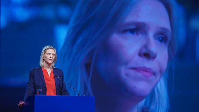 Frp skjerper asylpolitikken under Sylvi Listhaugs ledelse.