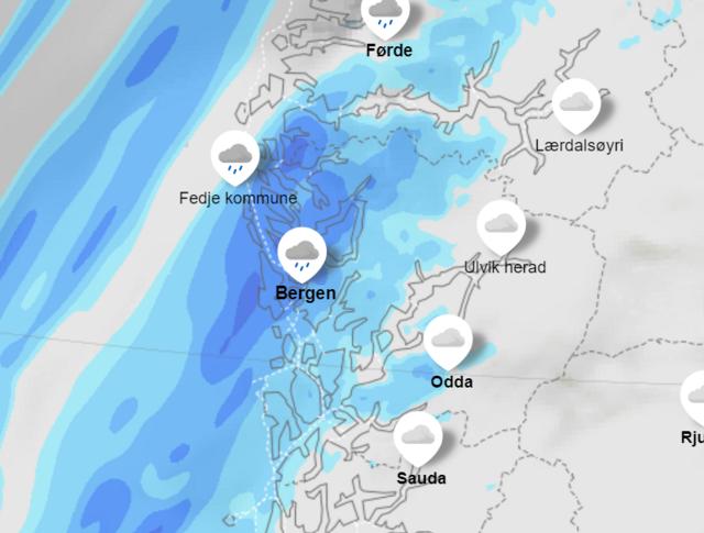 Meteorologisk institutt sitt værkart viser at det skal komme en god del regn allerede klokken 14.00.