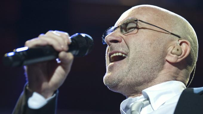 MIDDELS GOD: Phil Collins får tre av seks stjerner av Ekstrabladet.