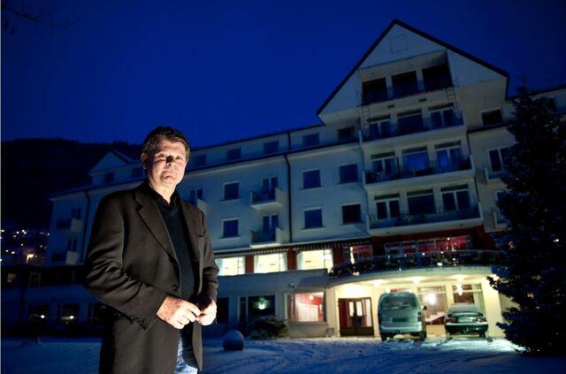 Jan Bruse Andersen har bygd opp vinkjellaren på Park Hotel Vossevangen, som no er selt.