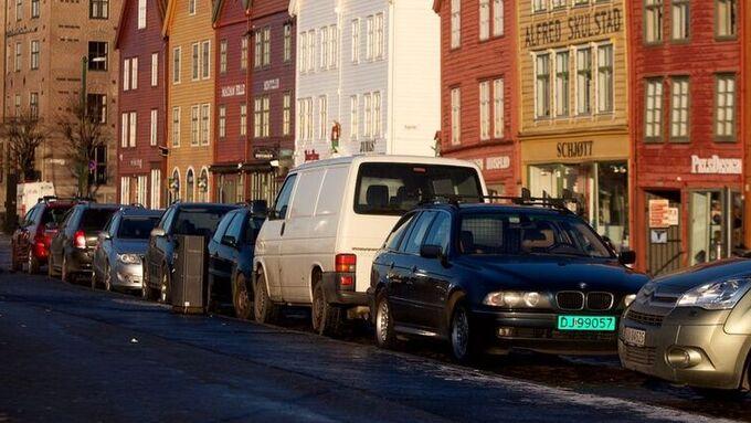 Fra og med 1. april endres parkeringsreglene i Bergen sentrum.