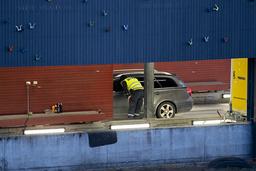 Regjeringen viderefører personkontroll på grensen. Foto: Fredrik Hagen / NTB