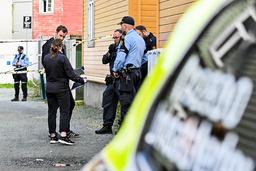 Politiet gjør undersøkelser etter at en mann ble funnet død i en leilighet i på Lademoen i Trondheim lørdag morgen. En mann er siktet for drap i saken. Foto: Joakim Halvorsen / NTB