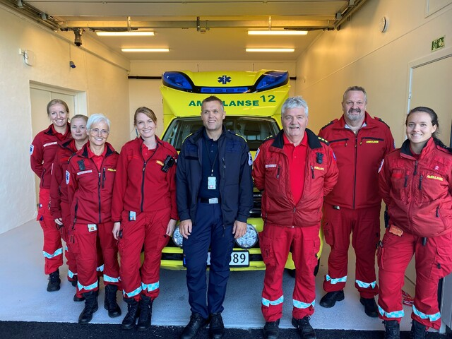 Frå venstre Hanne Storesætre, Birthe Tveit, Jorunn Økland, Hilde Skumsnes Auestad, Geir Røssland, Thorbjørn Olafsen, Atle Nordtun og Kristin van der Meeren.