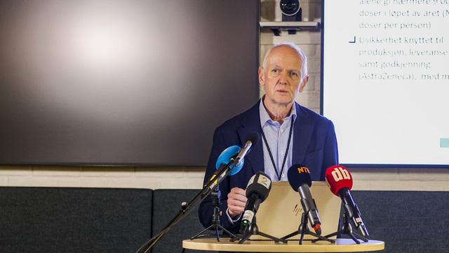 Smitteverndirektør Geir Bukholm i Folkehelseinstituttet opplyser at vaksineringen kan bli ytterligere utsatt enkelte steder.