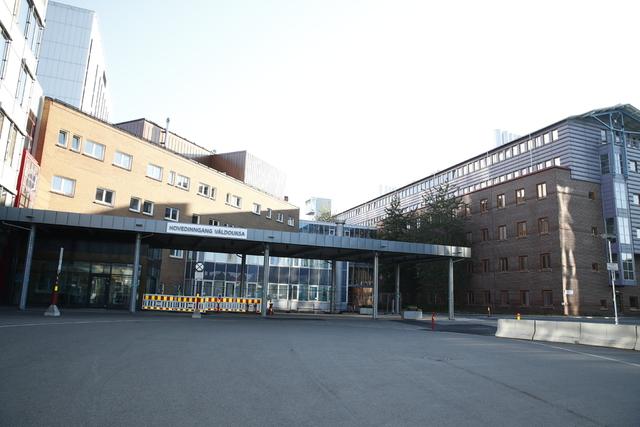 En eldre koronasmittet pasient ved Universitetssykehuset i Nord-Norge (UNN) i Tromsø, døde tirsdag. Foto: Terje Pedersen / NTB