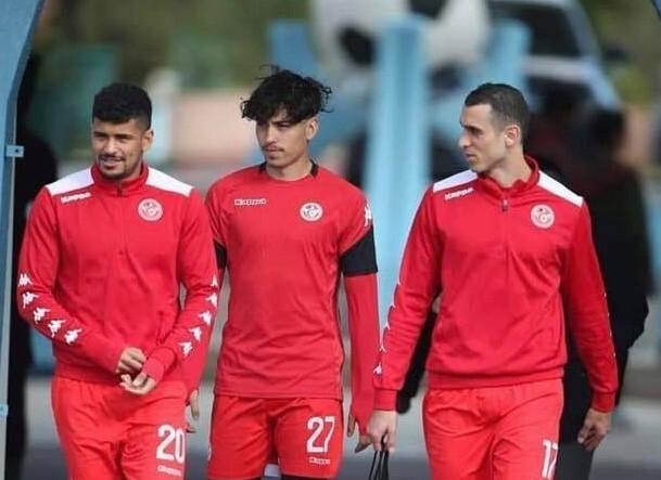 LANDSLAG: Sebastian Tounekti (midten) under sist samling med Tunisia.