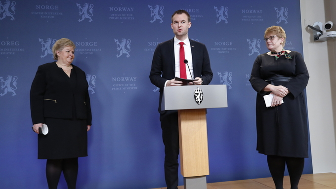 LOVORD OM HAREIDE: KrF-leiar Kjell Ingolf Ropstad sa han gler seg til å arbeide med tidlegare partileiar Knut Arild Hareide.