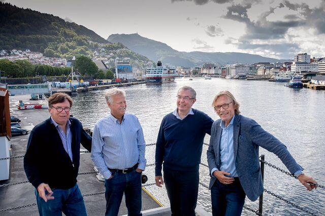 Folkene bak prosjektet møtes på Skoltegrunnskaien hos European Cruise Service 18. juni. Fra v. Arthur Kordt , Dag Jarle Aksnes, Helge Skaar og Inge Tangerås.