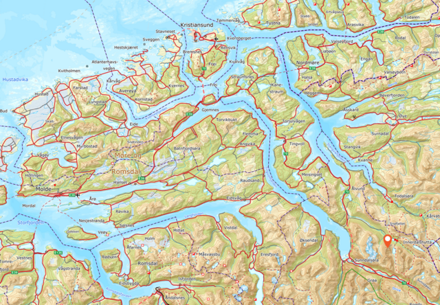 Skarfjellet ligger ca. ni kilometer øst/nordøst for Sunndalsøra.