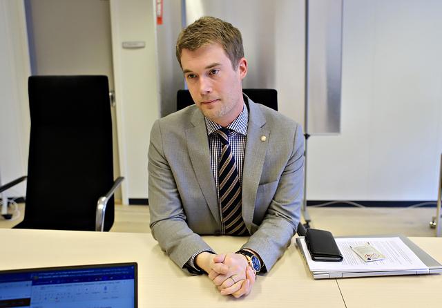 Finansbyråd Erlend Horn (V) skal dele ut 44 millioner kroner til byens bedrifter.