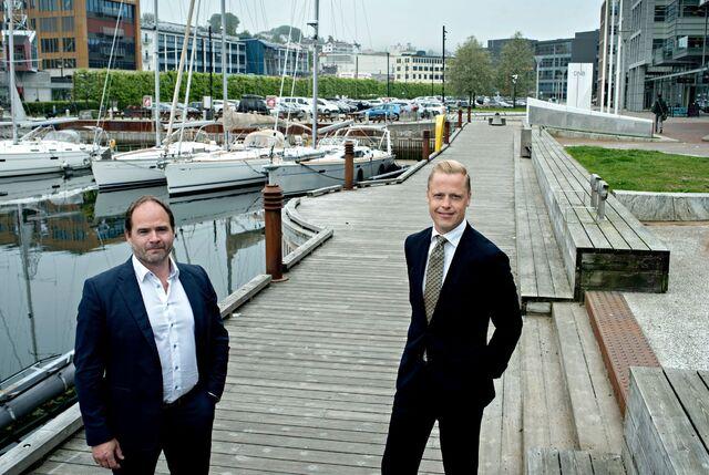 Daglig leder Kåre Bottolfsen og salgssjef Carl-Erik Moberg i Ticketco merker at aktiviteten tar seg opp.