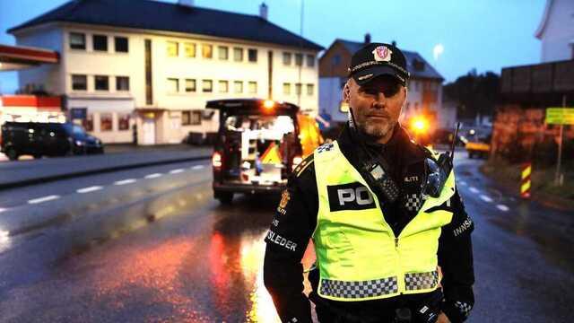 Politiets innsatsleder, Frank Listøl, tror at opprydningsarbeidet vil ta tid.