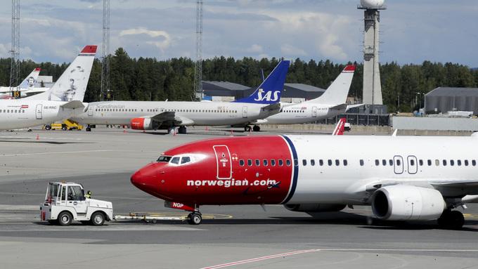 FHI vil fremover offentliggjøre tid og sted for avganger med fly, tog, buss og skip, der det har vært passasjerer med bekreftet koronasmitte.