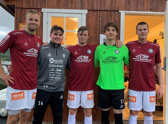 NYE SPILLERE: Fra venstre: Edvard Langnes, Sander Østerås, Peder Mæhle,  Aleksander Olsen og Tobias Sørensen.