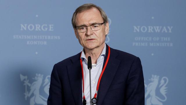 Lars Vorland la frem rapporten.