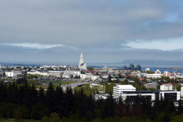 Lave smittetall og mange vaksinerte gjør at Island kan vinke farvel til koronatiltakene. Arkivfoto: Berit Keilen / NTB