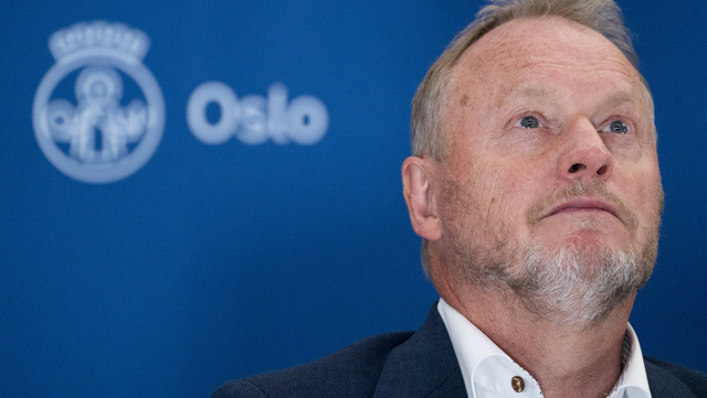 Byrådsleder Raymond Johansen (Ap) kan konstatere at Oslo fortsatt har lave smittetall. Det er registrert 21 nye koronasmittede i Oslo siste døgn. Det er 17 under snittet de sju foregående dagene. Foto: Terje Pedersen / NTB