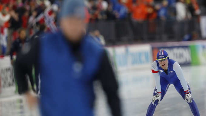 SLITEN: Sverre Lunde Pedersen var sliten etter 10.000 meteren, men kjempet seg til sølv.