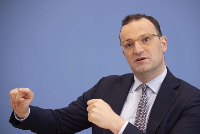 Tysklands helseminister Jens Spahn. Foto: Axel Schmidt / AP / NTB