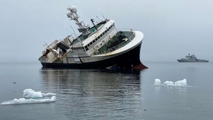 Reketråleren Northguider på grunn ved Svalbard
