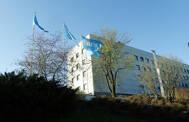 NRK vant soleklart kampen og seerne i Norge over TV 2 valgnatten. Likevel traff TV 2 bedre på valgprognosene. Foto: Erik Johansen / NTB