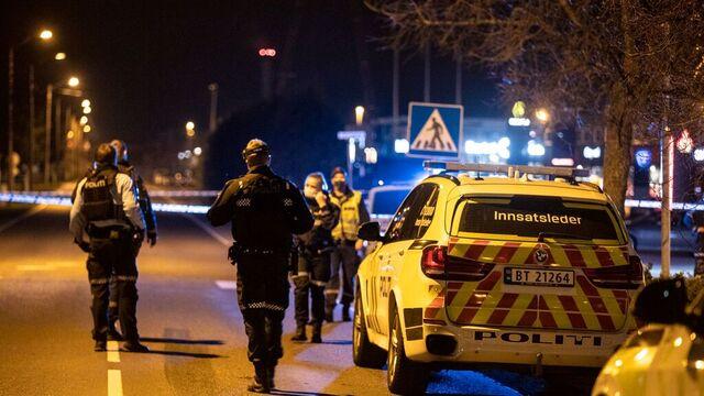 Det er stort politioppbud i Tønsberg etter meldinger om at en mann er skutt.