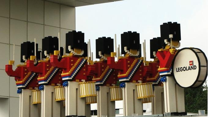 Legoland i Billund i Danmark er i hardt vær på grunn av koronakrisen.