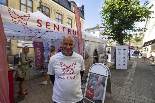 Geir Lippestad og Sentrum under Arendalsuka. Foto: Tor Erik Schrøder / NTB