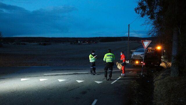 Politiet etterforsker ulykken i krysset mellom Kroerveien og Holtveien.
